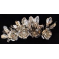 Semanggi Mawar Daun Perak (silver-plated roses with leaves)