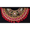Badong Kain Biasa (beaded collar)